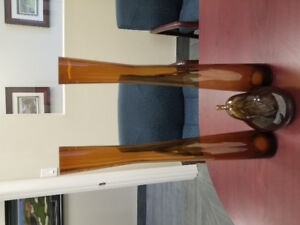 Decorative home items. Vases and pear