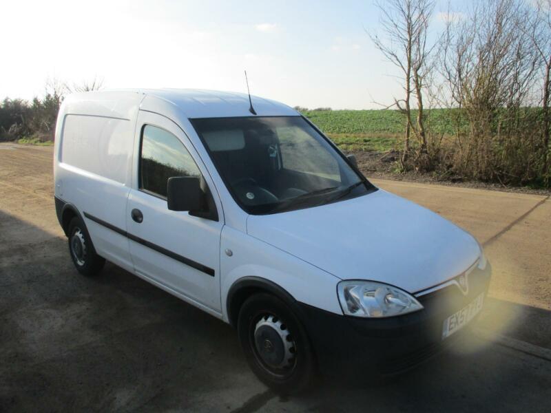 ddc188be29 2008 Vauxhall Combo 1.3CDTi 16v 1700 Van White Diesel Manual ...