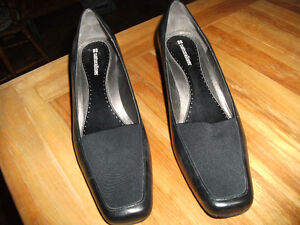 New Naturalizer Women's Black Shoes