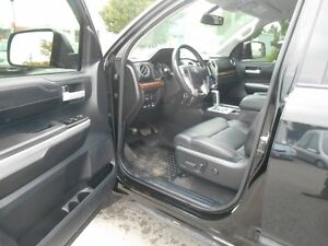 2015 Toyota Tundra Limited 5.7L Double Cab 4WD Peterborough Peterborough Area image 10