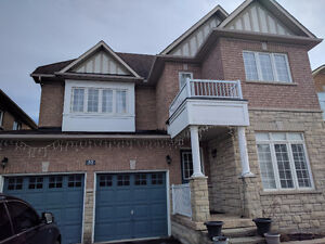 BEAUTIFUL 5 BEDROOM DETACHED HOUSE @ MARKHAM RD / 16TH