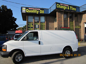 2010 Chevrolet Express 3500 cargo Minivan, Van