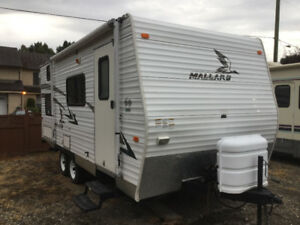 18' Mallard Travel Trailer