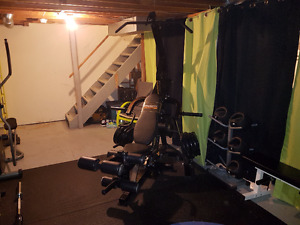 Complete powertec levergym WITH ALL ATTACHMENTS
