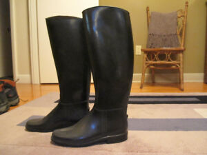 Riding Boots - Size 8