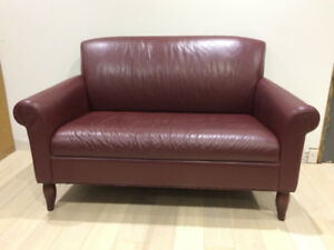 Leather Love Seat (Sofa,Couch) & Matching Chair.