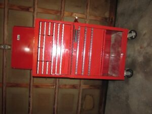"""26"""" wide Beach toolbox top and Mastercraft bottom"""