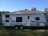 26 ft travel trailer with bunks.  REDUCED!!