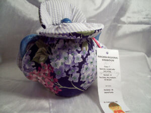 1st prize winning tea cozy
