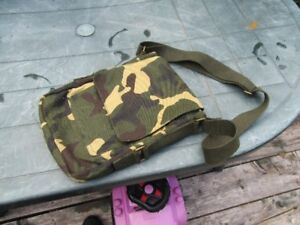 CAMOFLAGE SHOULDER POUCH - MILITARY
