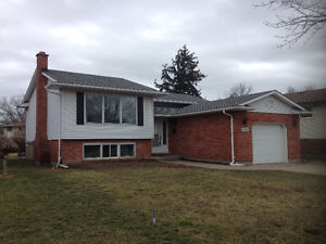 Beautiful 3 BR 2 WR house for rent in Niagara Falls, nice area