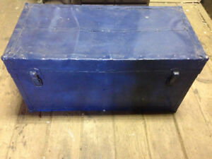 Vintage Chest Trunk blue $50