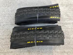 Pair new Maxxis 'cross/gravel tires
