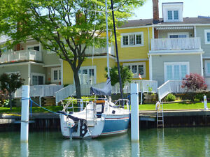 Resort or Cottage Condo Waterfront in Marina - Large 1650 sq ft