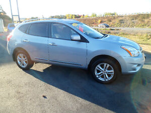 SOLD!!   2012 Nissan Rogue 4x4