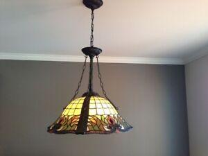 Superbe Lampe suspendue type Tiffany (Quoizel)