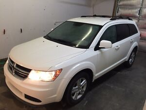 2012 Dodge Journey $10,500 *204.00/month*