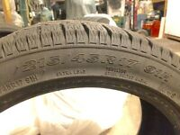 Pneus d'hiver - Winter tires 215/45R 17