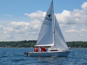 Siren 17' Sailboat with Trailer