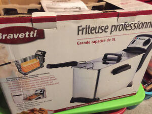 NEW in box - Professional Deep Fryer - Friteuse - 5 Litre