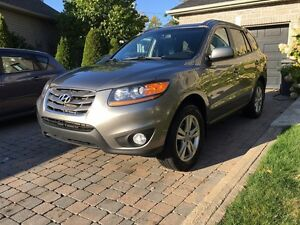 2010 Hyundai Santa Fe sport automatic fully loaded with sunroof