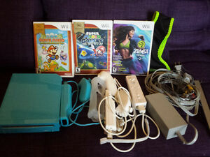 Special Edition Blue Wii Bundle w/ Games and Controllers