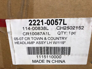 Headlight replacements new in box town and country 05-2007 $60pr