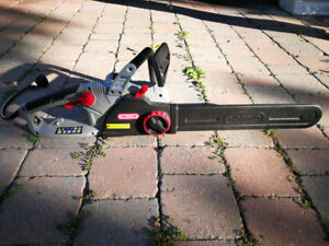 Electric Chain Saw OREGON  CS150.  Almost brand new