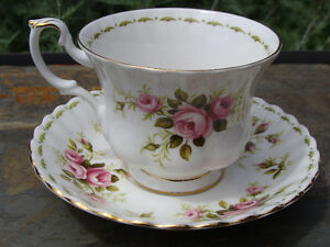 ROYAL ALBERT JUNE Flower of the Month Cup and Saucer EC London Ontario image 2