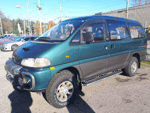1994 Delica LWB  Turbo Diesel Crystal Lite Roof LOW KM'S