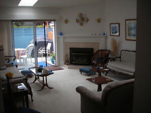Senior snow birds in Sidney B.C. winter rental
