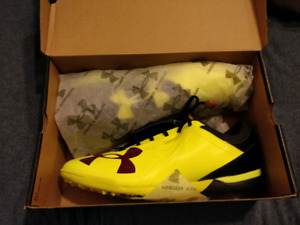 Under Armour Spotlight TF shoes brand new (soccer shoes)
