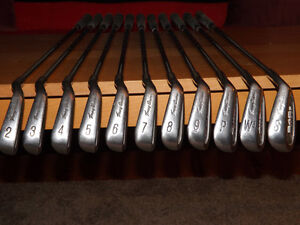 Tommy Armour 845S Irons 2-PW, GW, SW