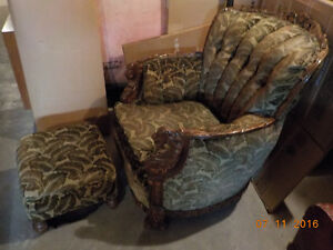 REDUCED - Antique arm chair Kingston Kingston Area image 3