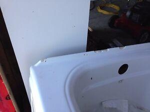 Soaker tub -make an offer Gatineau Ottawa / Gatineau Area image 2
