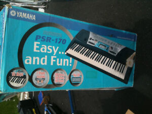 Piano key board Yamaha used in box