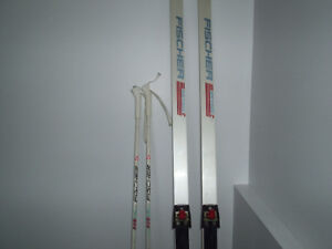 Skis et bâtons de ski Fischer