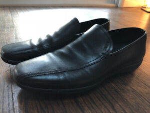 Prada men's leather shoes