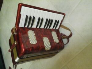 Hohner Camillo Jr Accordion