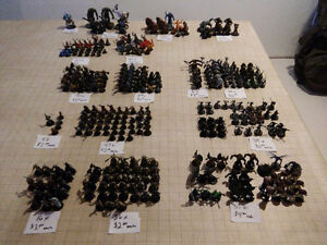 D&D miniatures Lot of 357 minis in all