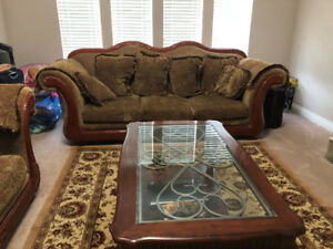 COUCH SET FOR SALE (700$)