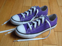 Like New - Girls Converse All-Star Sneakers Size 1