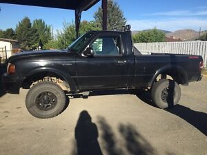 2004 LIFTED FORD RANGER