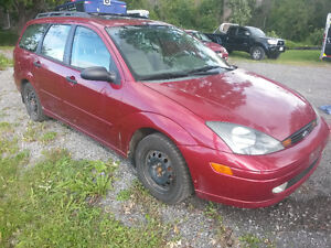 2004 Ford Focus Wagon 128 klm QUICK SALE $1600 AS IS