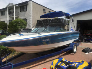 Open deck boat 18.7 pied 1988 chaparral 187xl
