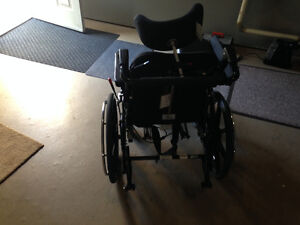 wheel chairs Sarnia Sarnia Area image 3