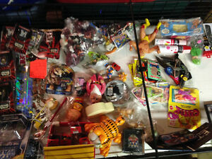 Weird Wonderful Awesome 1000's of new & used mens ladies kids :)