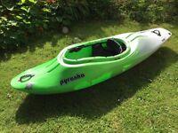 Kayak piranha stretch M-L for sake £130