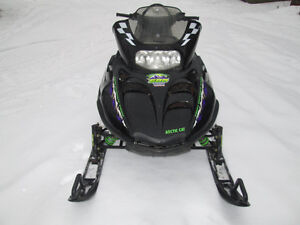ARCTIC CAT MOUNTAIN CAT 600 EFI 2001 RUNS GREAT WITH REVERSE Prince George British Columbia image 3