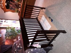 Childs Day/toddler bed